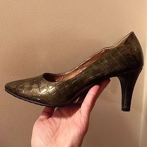 Green Alligator Pointed Toe Pumps High Heels